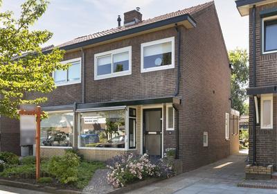 De Savornin Lohmanstraat 62 in Veenendaal 3904 AT