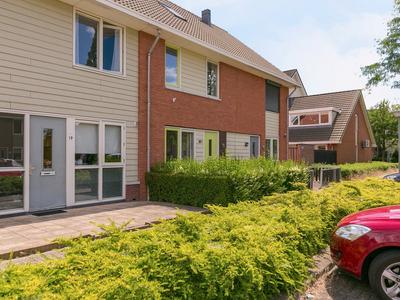 Peter Van Straatenhof 21 in Almere 1336 LB
