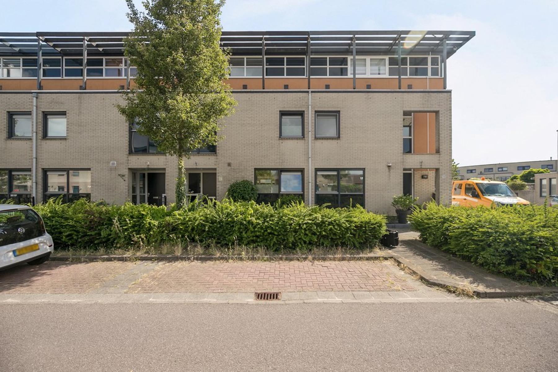 Zuiderkeerkring 270 in Alphen Aan Den Rijn 2408 TH