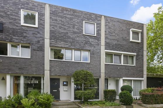 Anna Bijnsstraat 80 in Oss 5344 BW