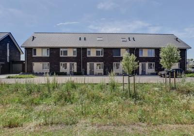 Kees En Henny De Ruijterstraat 8 in Waalwijk 5146 ER