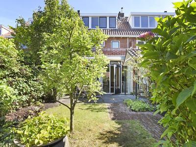 Hugo De Grootstraat 45 in Wassenaar 2242 TM