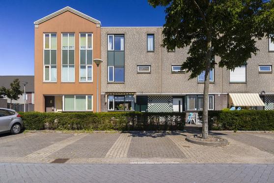 Monetstraat 27 in Rijnsburg 2231 MA
