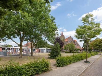 Onze Lieve Vrouwestraat 27 in Hengelo 7557 HW