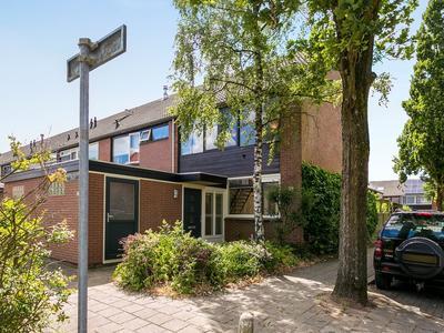Van Riebeeckstraat 37 in Vaassen 8172 GS