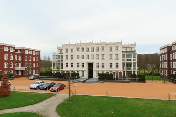 Van Ommerenpark 311 in Wassenaar 2243 EZ