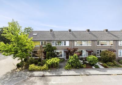 Schopenhauerstraat 255 in Apeldoorn 7323 MA