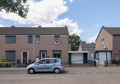 Keulsebaan 72 in Roermond 6045 GK