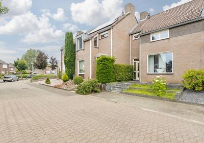 Vinkenhof 12 in Elsloo 6181 KL