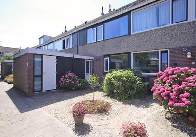 Nieuwewater 45 in Zoetermeer 2715 BR