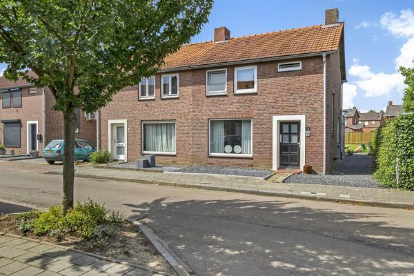 Wilhelminalaan 51 in Posterholt 6061 AX