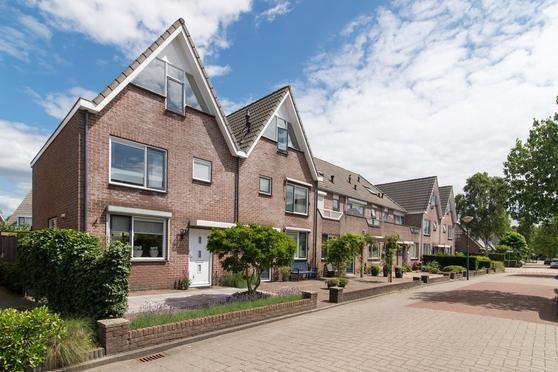 Mozartdreef 45 in Veenendaal 3906 BN