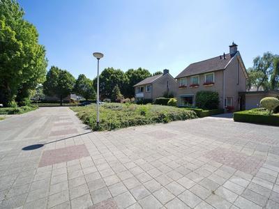 Renatusdonk 1 in Roosendaal 4707 XA