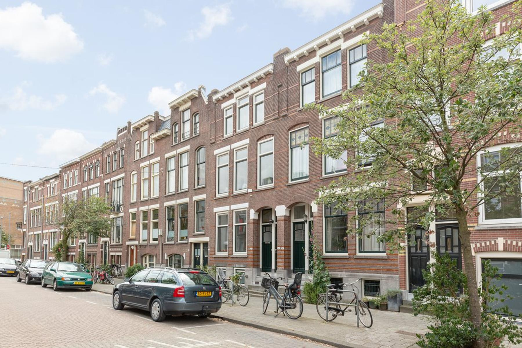 Lisstraat 43 A in Rotterdam 3037 RC