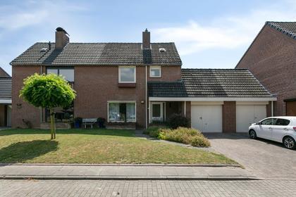 Jagerspad 16 in Landgraaf 6374 CZ