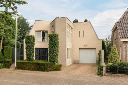 Akkerdistel 20 in Udenhout 5071 HS