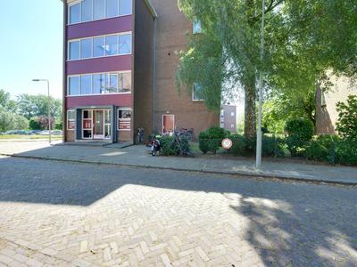 De Houtmanstraat 62 in Arnhem 6826 PK