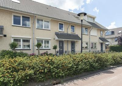 Satijnhout 5 in Barendrecht 2994 HR