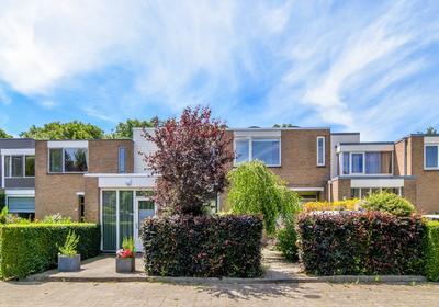 Finsestraat 15 in Nieuwerkerk A/D IJssel 2912 TG