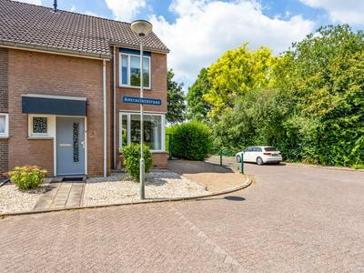Antracietstraat 2 in Geleen 6163 LR