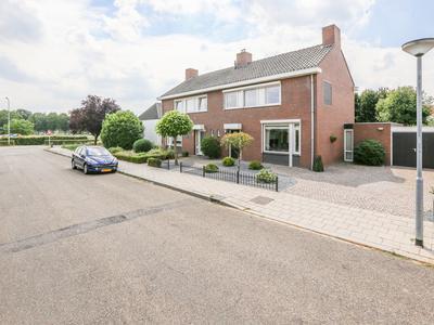 Beatrixstraat 54 in Velden 5941 GP