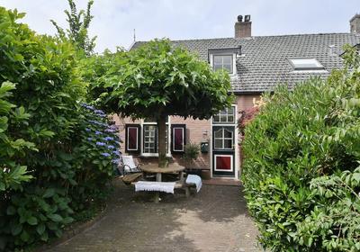 Koningin Julianastraat 31 in Huizen 1271 SK
