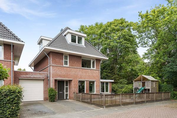 Straatweide 65 in Prinsenbeek 4841 ND