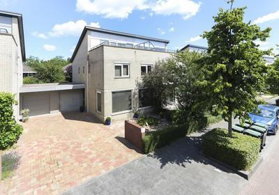 Langedaal 187 in Dordrecht 3317 MB