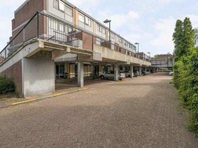 Donizettirode 10 in Zoetermeer 2717 BW