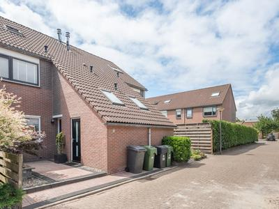 Zetveld 111 in Heerenveen 8447 BC