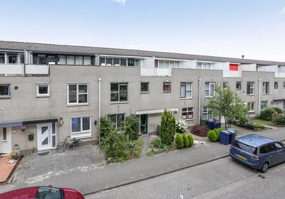 C. Van Eesterenplein 54 in Almere 1333 KP