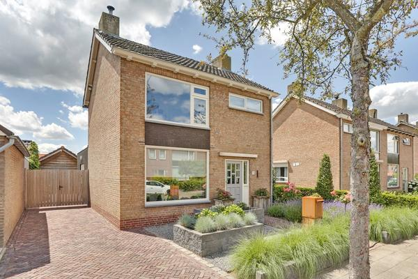 Plataanstraat 15 in Zundert 4881 AE