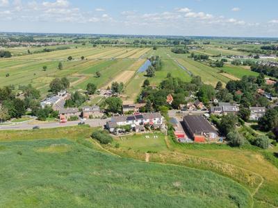 Lekdijk 32 in Ammerstol 2865 LD