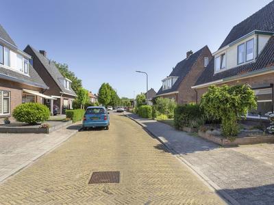 Merwedestraat 2 in Velp 6882 LN