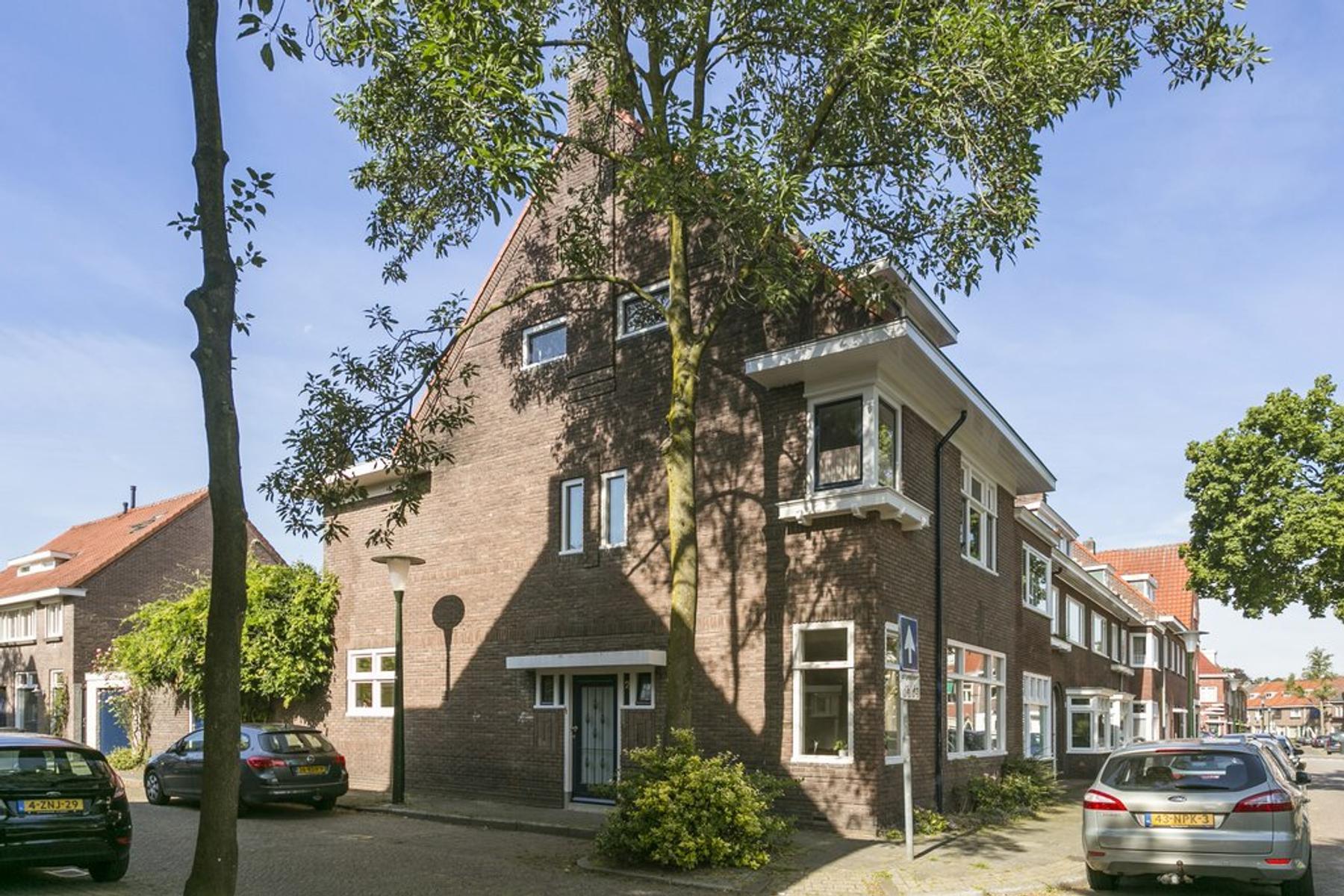Chrysantenstraat 2 in Eindhoven 5644 KM