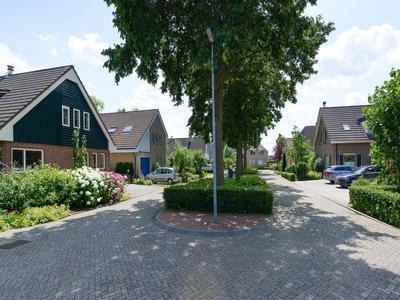 Flottielje 5 in Uithoorn 1423 AL