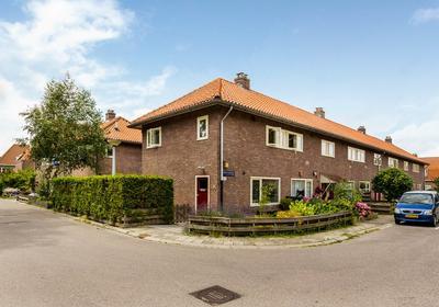 Kometensingel 195 in Amsterdam 1033 BE