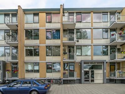 Seringenstraat 58 in Alphen Aan Den Rijn 2404 ES