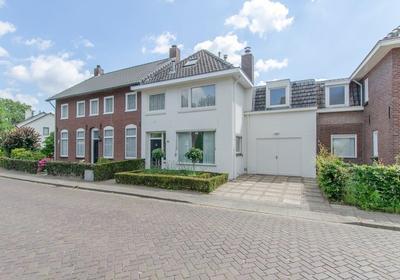 Hoogstraat 22 in Waalre 5581 BK