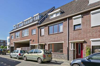 Burg. V.D. Kroonstraat 14 in Hoensbroek 6431 XG