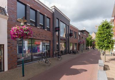 Jan Van Schaffelaarstraat 6 in Barneveld 3771 BT