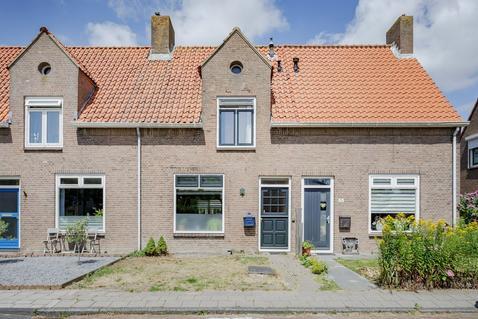 Kerkstraat 35 in Slootdorp 1774 AT