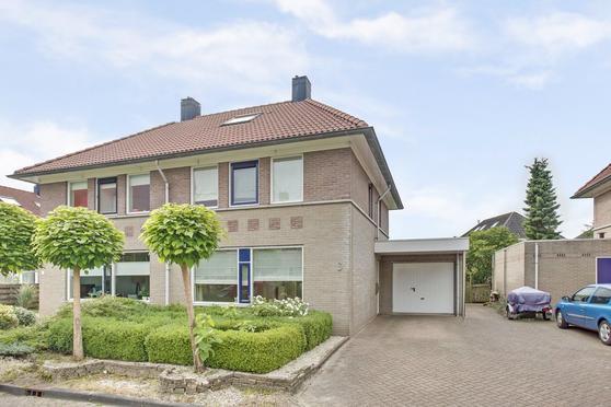 Lijsterbeslaan 3 in Heerenveen 8441 NB