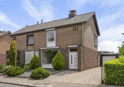 Debetslaan 35 in Landgraaf 6373 GA