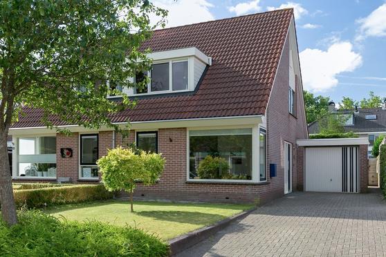 Van Der Walstrjitte 26 in Burgum 9251 RH