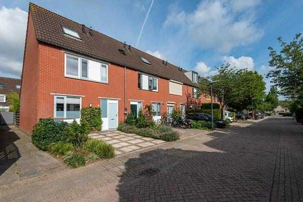 Puccinistraat 1 in Gorinchem 4207 DC