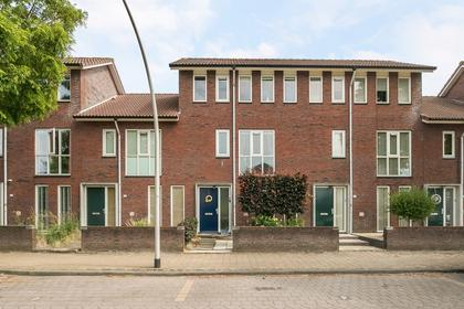 Amandelgaarde 155 in Hendrik-Ido-Ambacht 3344 RC