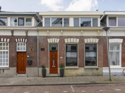 Eerste Tuinsingel 27 in Schiedam 3112 ER