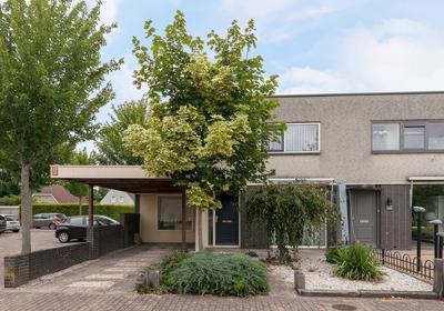 Naardenstraat 215 in Tilburg 5045 MK
