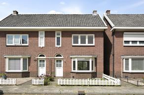 P.C. Hooftstraat 17 in Almelo 7606 CP